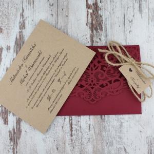 Bordowe, rustykalne, eko zaproszenia ślubne w kształcie koperty2