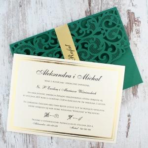 Zielone, ażurowe zaproszenia ślubne w kształcie koperty3